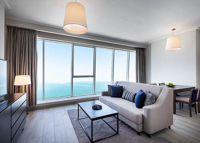 One Bedroom Apartment Sea View