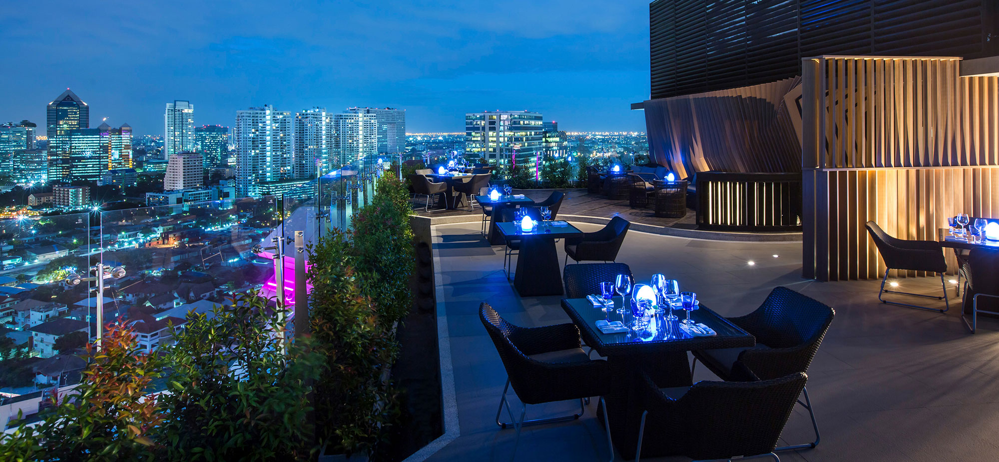 Blue Sky Rooftop Bar & Dining